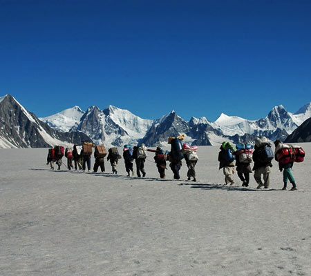 Biafo-Hispar Snow lake Trek